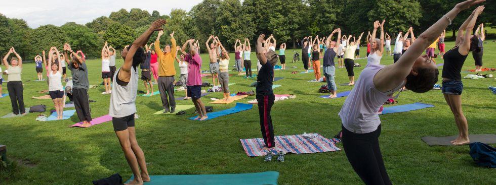 """Fit im Park"" - Yoga im Westpark"