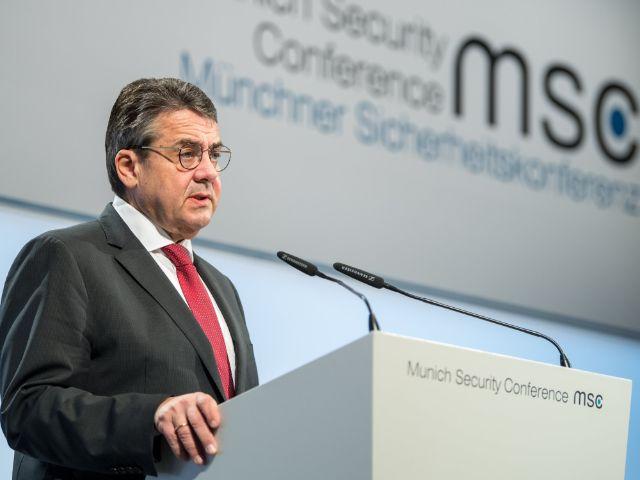 Außenminister Sigmar Gabriel bei seiner Rede bei der Sicherheitskonferenz 2018, Foto: MSC / Mueller