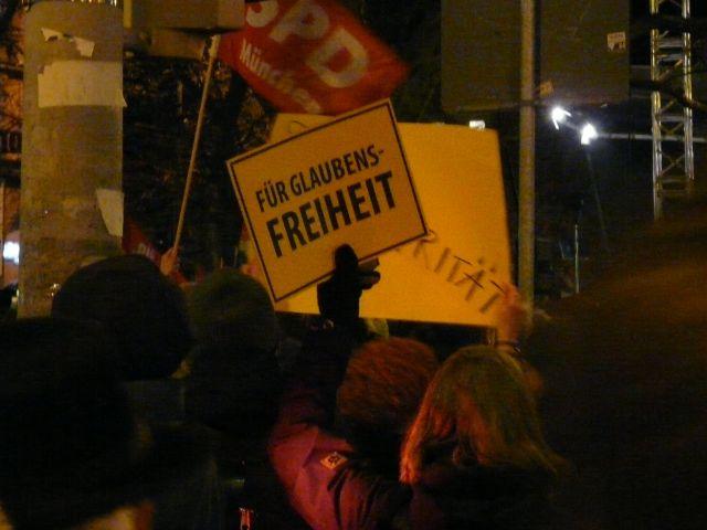 Großdemo am Sendlinger Tor gegen Bagida, Foto: muenchen.de/Mark Read