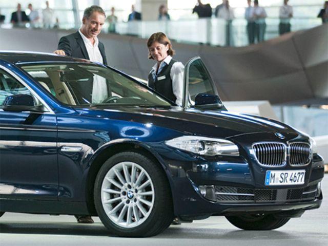 Automobilauslieferung BMW Welt