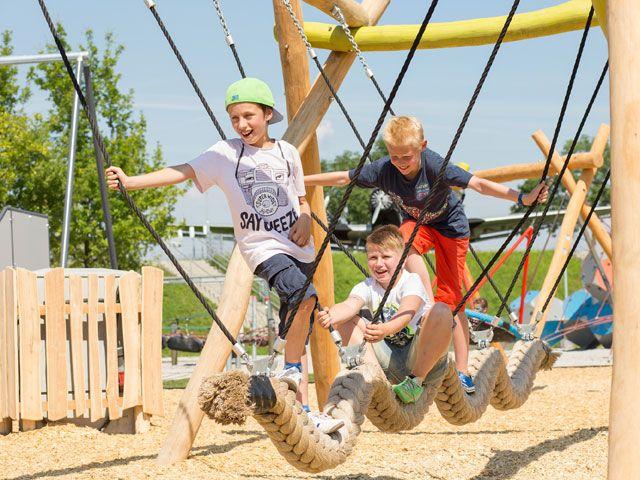 Spielplatz im Besucherpark am Flughafen München