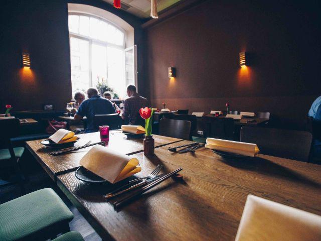 Restaurant Thao von außen und innen, Foto: Lionman