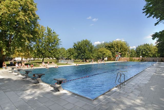 The only outdoor pool in munich which is open all year., Foto: SWM