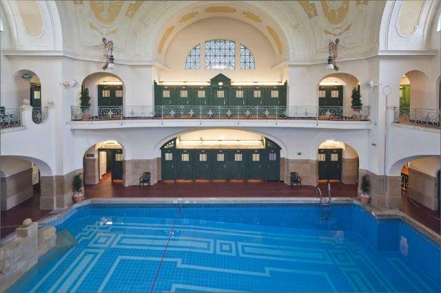 m ller 39 sches volksbad schwimmbad in au haidhausen das offizielle stadtportal. Black Bedroom Furniture Sets. Home Design Ideas