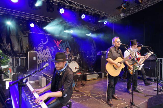 Band singt auf der Bühne am Gasteig, Foto: muenchen.de/ Vauelle