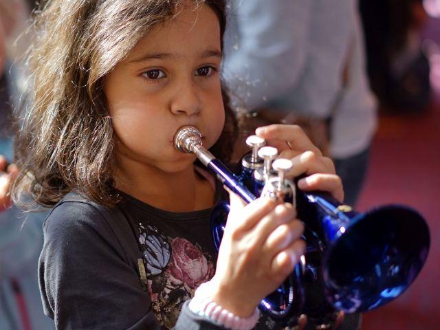 Kind mit Trompete, Foto: Andreas Merz