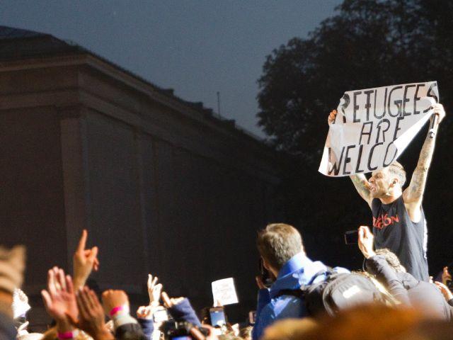 """Konzert auf dem Königsplatz """"Wir. Stimmen für geflüchtete Menschen"""", Foto: Katy Spichal"""