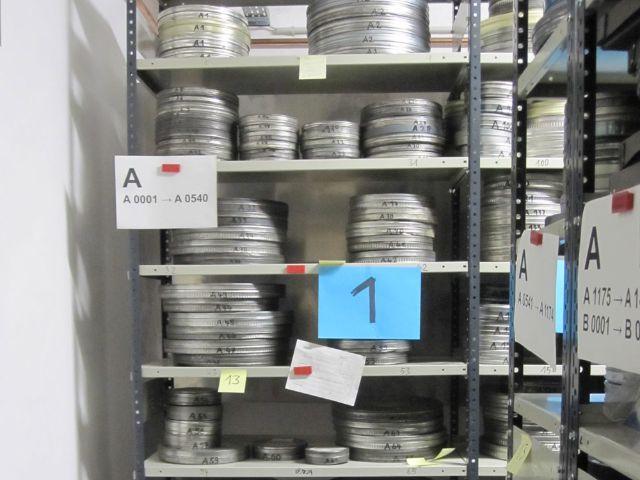 Im Depot werden die Rollen zahlreicher Filmklassiker gelagert., Foto: Filmmuseum München