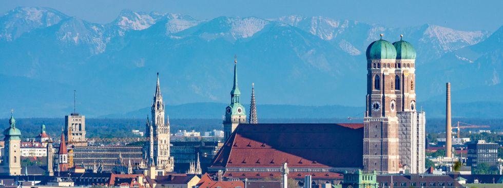 München-Panorama vom Olympiaberg, Foto: muenchen.de/Michael Hofmann