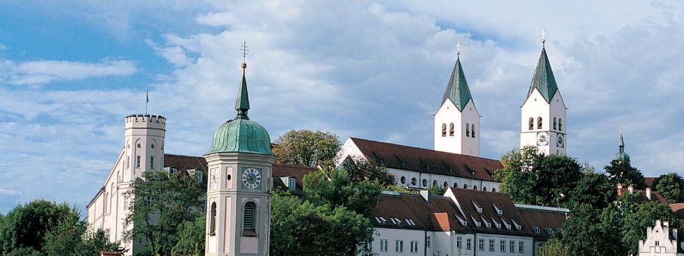 Freisinger Dom mit der Heilig-Geist-Kirche, Foto: Landratsamt Freising