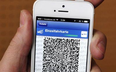 HandyTicket auf dem Display eines Telefons