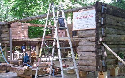 Aufbau der Ur-Höllentalangerhütte auf der Praterinsel