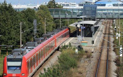 S-Bahn am Flughafen