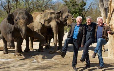 Udo Wachtveitl, Markus Imboden (Regie) und Miroslav Nemec im Tierpark Hellabrunn