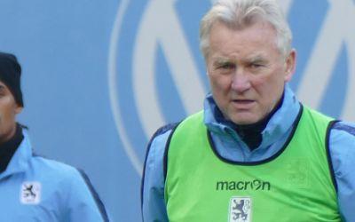Der Trainer der Sechzger Benno Möhlmann