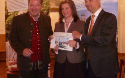 Josef Schmid bei der Pressekonferenz zum neuen Tourismus-Strategiepapier