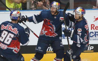 Spielszene EHC Red Bull gegen Berlin