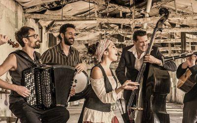 Das Barcelona Gipsy Balkan Orchestra