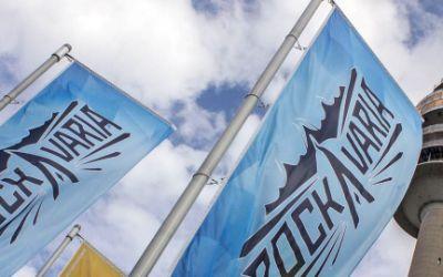Rockavaria Fahnen vor Olympiaturm