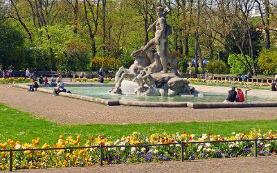 Der Alte Botanische Garten in der Sonne im Frühling