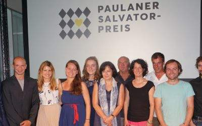Gruppenbild mit Jury-Mitgliedern und Preisträgern