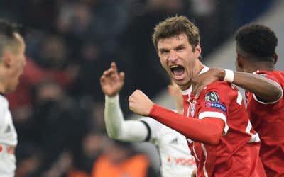 Thomas Müller jubelt über seinen Treffer zum 1:0.