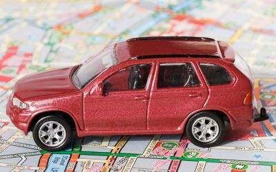 Auto auf Stadtplan