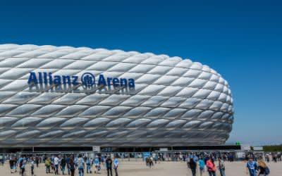 Allianz Arena am Nachmittag bei einem Spiel des TSV 1860 München