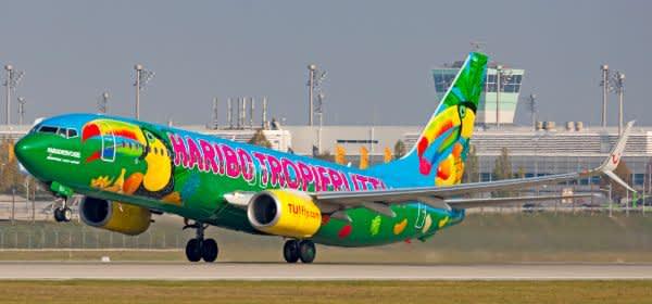 Flugzeug mit Haribo-Motiv