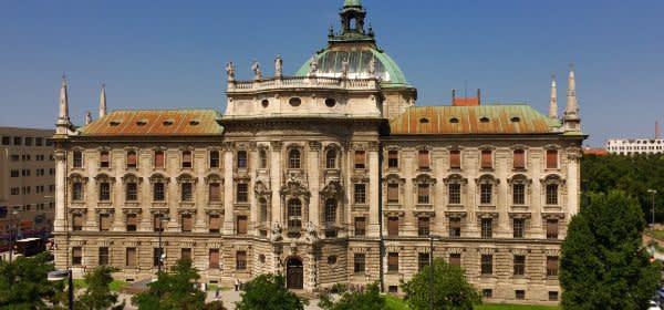 Justizpalast - neobarocker Bau in der Münchner Innenstadt