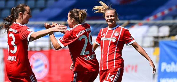 FC Bayern Frauen - VfL Wolfsburg und Fanfest
